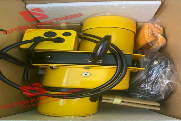 Palang Xích Điện 1 tấn Chạy Trên Dầm KIO Winch Đài Loan CW-1000T