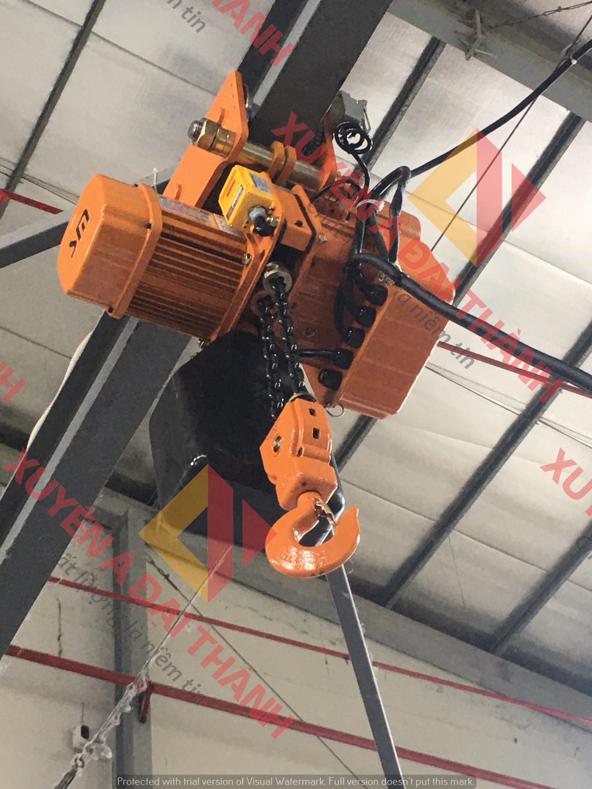 Pa lăng xích điện 1.25 tấn và con chạy điện  SCT