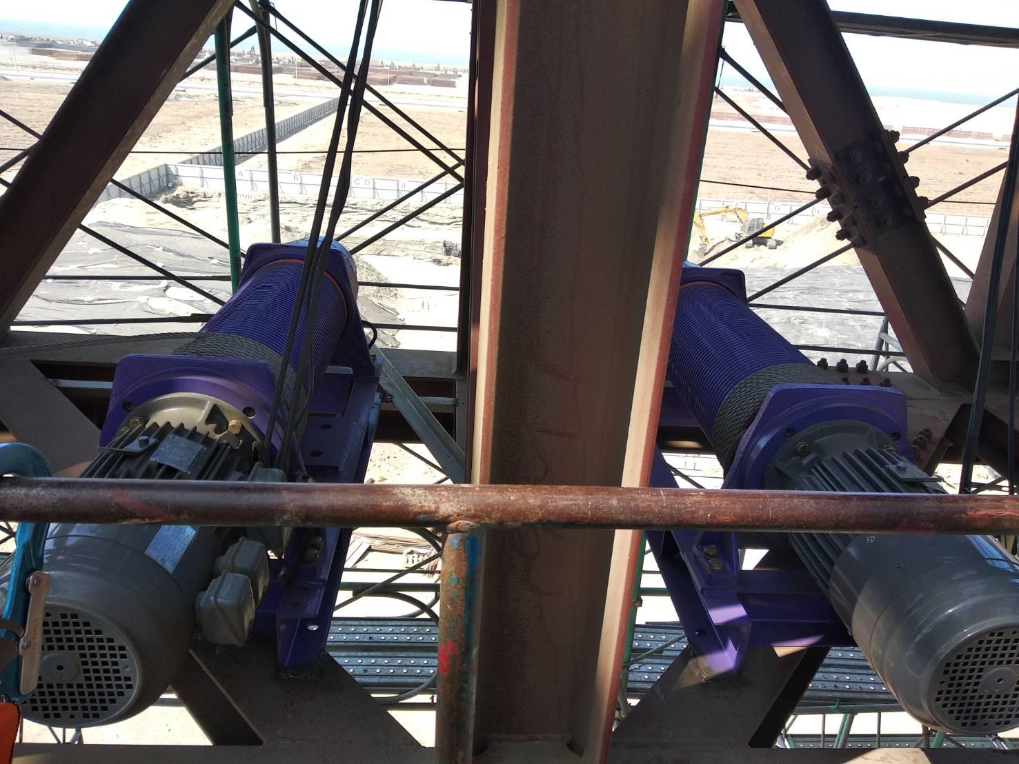 Máy Tời Điện Thang Tải Hàng 1000kg