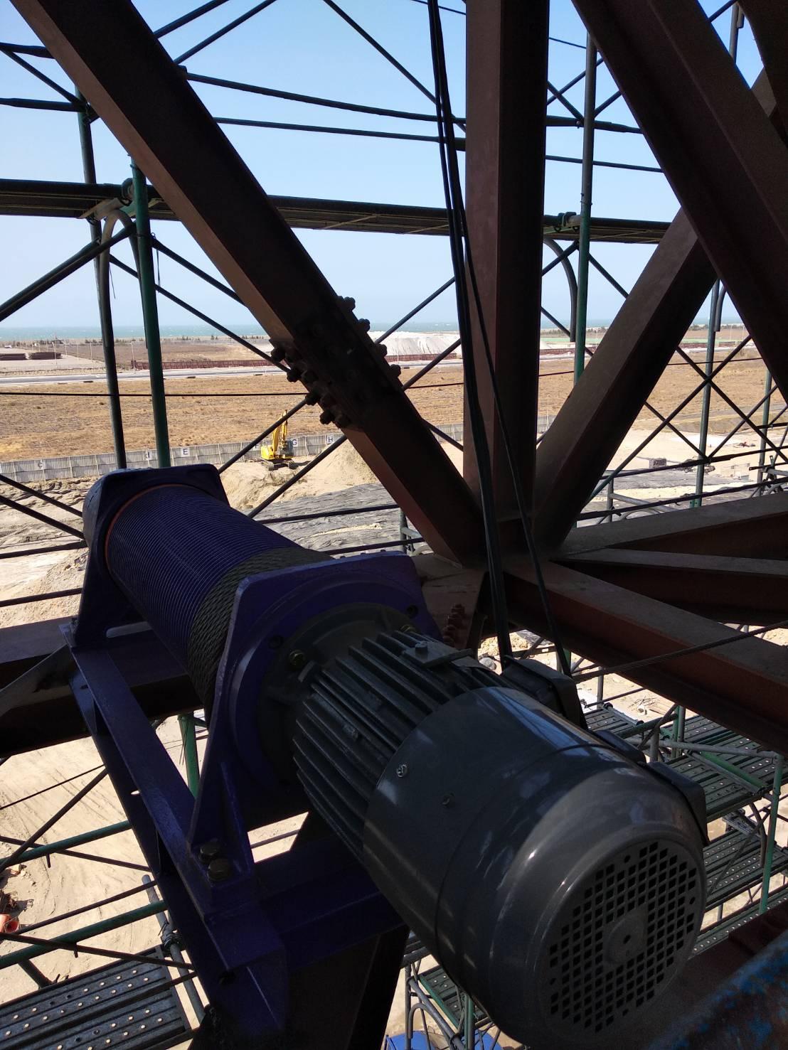 Máy Tời Điện Thang Tải Hàng 2000kg